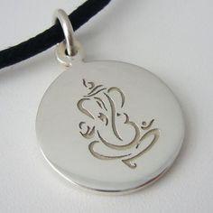 Ganesh Round Pendant Om Gam Ganapataye Namaha, Milling, Diamond Jewellery, Round Pendant, Ganesha, Elephants, Silver Jewelry, Necklaces, Jewels