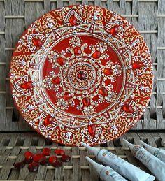 Dot Art Painting, Mandala Painting, Ceramic Painting, Ceramic Art, Mandala Effect, Mandala Dots, Mandala Design, Thali Decoration Ideas, Point Paint