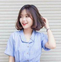 Best Ideas For Hair Bangs Korean Ulzzang Fashion Cute Short Haircuts, Trendy Haircuts, Haircuts With Bangs, Short Grey Hair, Girl Short Hair, Short Hair Cuts, Medium Hair Styles, Curly Hair Styles, Shot Hair Styles