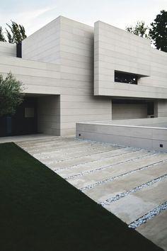 ideas for house facade design stones modern Architecture Durable, Modern Architecture House, Residential Architecture, Modern House Design, Amazing Architecture, Interior Architecture, Concrete Architecture, Luxury Interior, Landscape Architecture