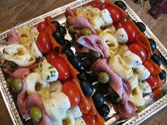 Picnic or lunch...: Antipasto Kabob Appetizers! 1 Can Black Olives (I used medium sized) 1 Jar Green Olives Cherry Tomatoes 1/2 lb. Cooked Salami, sliced (from the deli counter) 1/2 lb. Pepperoni Fresh mini Mozzarella Balls 1 pkg. frozen tortellini, cooked according to pkg. directions 1 C. Zesty, Free Italian dressing