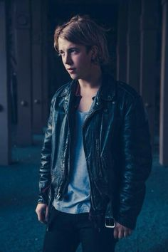 Tom Odell is going to play at Caribana and I have tickets to go see him! :D I literally can't wait! He is perfection! Tom Peters, Tom Odell, Celebrity Singers, Beautiful Lyrics, Another Love, Uk Music, Piano Man, My Tom, Boys Wear