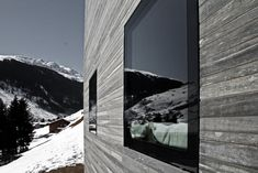 flush window to concrete Peter Zumthor, Therme Vals, Architecture Details, Concrete, Around The Worlds, Exterior, Windows, Photo And Video, Facades