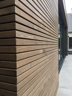 Thermo ash cladding - Façade cladding from Thermo Essen for a modern warm look. House Cladding, Timber Cladding, Exterior Cladding, Facade House, Beach House Plans, Cottage House Plans, Craftsman House Plans, Minimalist Architecture, Futuristic Architecture