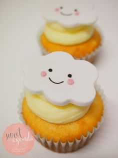 Happy cloud fondant cupcake topper by Sweet Agenda Cakes