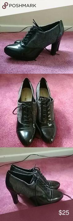 Ann Klein iflex heels Black and grey tie up heels Shoes Heels