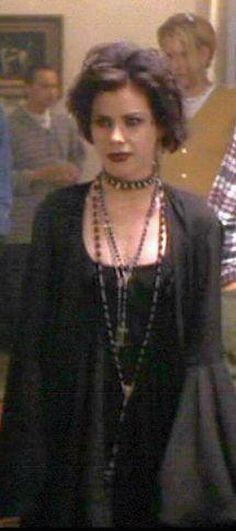 Fairuza Balk ☾Nancy (The Craft) Grunge Fashion, Gothic Fashion, Nancy The Craft, Nancy Downs, The Craft Movie, Goth Bands, Goth Look, Goth Style, Romantic Goth