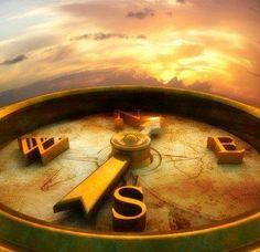 """""""La Direccion es mas importante que la Velocidad, pues de nada sirve llegar Rapido, pero al lugar Equivocado"""" .... por algo, las personas que logran aquello que desean en su Vida, se mueven por Brujula, y no por Reloj ! ... Es complejo ver que en tiempos como los actuales es comun caer victima del sentido de Urgencia, andar de Prisa y de Prisa, estar demasiado ocupado Fracasando, sin tener tiempo para ser Exitoso!"""