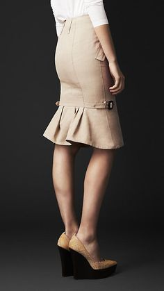 Kick Back Pencil Skirt   Burberry
