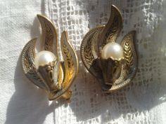 Antique Damascene Earrings - Pearl and Gold Plated Damascene Clip Earrings - Flame Design - Gold & Black - Vintage 50s Toledo Spanish Made