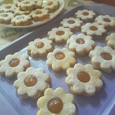 Chimney Cake, Biscotti Cookies, Eid, Gingerbread Cookies, Catering, Clean Eating, Muffin, Food And Drink, Easter