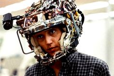 Hack the brain!  A ja własnie wczoraj sobie Ghost in the Shell oglądałem. Proroczo.