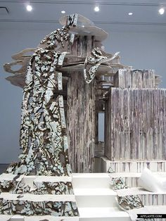 Sculptures with Ephemeral Materiality Diana Al-Hadid afflante.com.