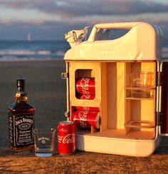 Manufacturer of Bespoke upcycled Jerry Cans housing everything you need to Re:Fuel the Adventure. Bartending Tips, Jerry Can Mini Bar, Tennessee Whiskey, Campervan, Popcorn Maker, Bartender, Mini Bars, Woodworking Projects, Upcycle