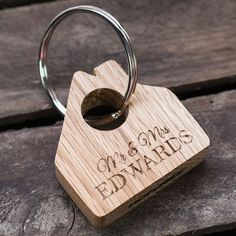 Personalised Wooden Keyring - Mr & Mrs | GettingPersonal.co.uk