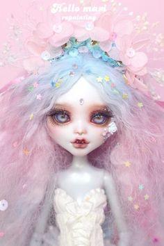 #OOAK #MonsterHigh #DollRepaint #HelloMariRepaint 표현하고싶은거 다 때려박기 시리즈(?)가 왔써욘ㅋㅋㅋ 시나브로 작업하느라 꽤 오래걸렸네여ㅎㅎ 꽃요괴 ...
