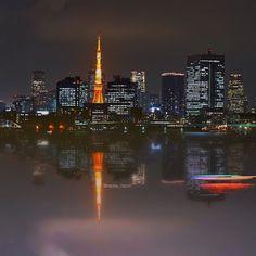 レインボーブリッジ遊歩道お台場方面出口付近から対岸の東京タワーです() 手すり固定でも綺麗に撮れる場所なので遊歩道通行時間が短くなる前にもう一度くらい行きたいですo(_-)O by rapisu_razuri