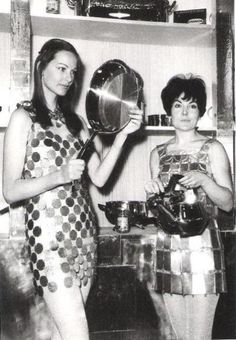 """""""Everything is made of steel"""", Paco Rabanne, 1968 1960s Fashion, Modern Fashion, Vintage Fashion, Women's Fashion, Pop Culture News, Got The Look, Paco Rabanne, Fashion History, Vintage Photos"""