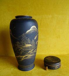 Satsuma zwart Japanse vaas en deksel doosje, Taisho periode (1912-1926)