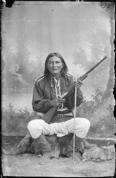 Al-chi-say (aka Alchesay) - White Mountain Apache - circa 1885