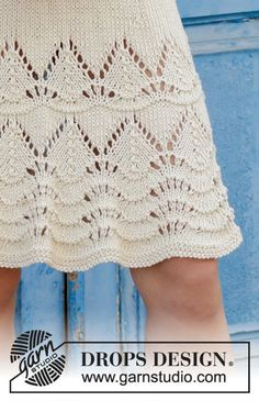 Knitted dress with lace pattern. Size: S - XXXL Piece is knitted in DROPS Paris. Knitting Paterns, Lace Knitting, Knit Patterns, Bag Patterns, Drops Design, Knit Skirt, Knit Dress, Dress Lace, Drops Paris