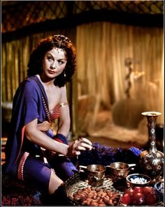 Austro-American actress Hedy Lamarr on the set of Samson and Delilah, directed by Cecil B. Get premium, high resolution news photos at Getty Images Classic Actresses, Hollywood Actresses, Beautiful Actresses, Actors & Actresses, Female Actresses, Old Actress, American Actress, Vintage Hollywood, Classic Hollywood