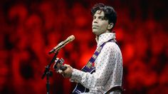 Top 5 Prince moments #PrinceWhileMyGuitarGentlyWeeps...: Top 5 Prince moments… #PrinceWhileMyGuitarGentlyWeeps