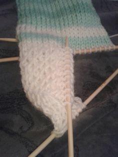 Lumioosi: Löytöjä kaapista Crochet Socks, Marimekko, Mittens, Knitting, Accessories, Crocheting, Slippers, Fingerless Mitts, Crochet