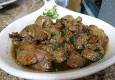 Recipes for sauteed chicken livers - Good chicken recipes Fried Chicken Livers, Chicken Gizzards, Pan Fried Chicken, How To Cook Chicken, Chicken Liver Recipes, Steak Recipes, Gourmet Recipes, Cooking Recipes, Recipe Chicken