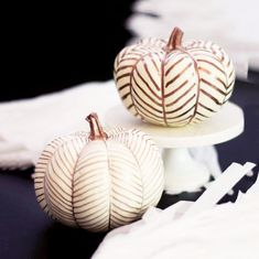 Golden Gourd - These Creatively Decorated Pumpkins Are Life - Photos
