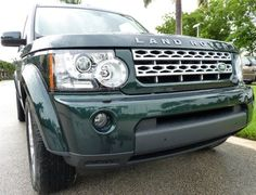 2013 Land Rover LR4 in Aintree Green