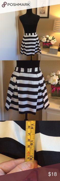 "Bold Stripes, Inverted Pleats Classy Skirt  Fully Lined    Beautiful, fairly heavy fabric    16"" length Skirts Mini"