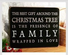 Merry Christmas Quotes for Family Merry Christmas, Christmas Quotes, Little Christmas, Christmas Signs, Family Christmas, All Things Christmas, Winter Christmas, Christmas Decorations, Christmas Ideas