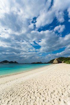 Aharen Beach, Okinawa | Japan (by Ippei and Janine)