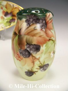 LIMOGES HAND PAINTED BLACK BERRIES MUFFINEER SUGAR SHAKER E. MILER STYLE