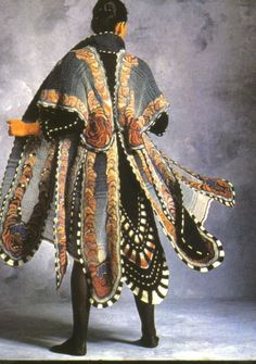 Color I Proof of Life: Sharron Hedges Textiles Mode Inspiration, Character Design Inspiration, Cl Fashion, Fashion Design, Fantasy Costumes, Character Outfits, Mode Outfits, Looks Cool, Larp