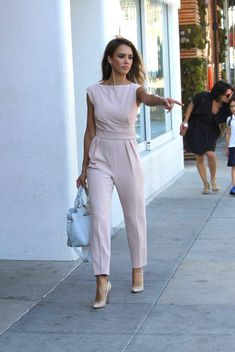 4d18fc6b7e6a Spott - Jessica Alba wearing a beautiful pink jumpsuit