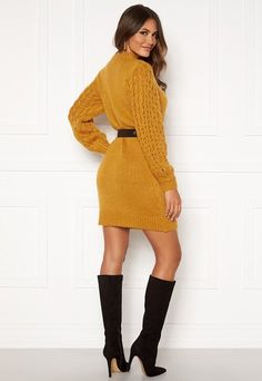 Tröjor | Bubbleroom - Kläder & Skor online Sweatshirt, Hoodie, Long Sweaters, Skor Online, Yellow, Model, Dresses, Fashion, Ponchos