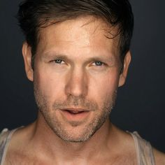 Matt Davis on the Vampire Diaries. totally love this man. Matthew Davis, Good Lord, Mature Men, Older Men, This Man, Hollywood Stars, Play Houses, Getting Old, Coming Out