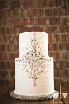 Wedding cakes - Eye pleasing pointer to design a most memorable. unique wedding cakes vintage simple yet dazzling image number pinned on this day 20181223 White Wedding Cakes, Elegant Wedding Cakes, Wedding Cake Designs, Unique Weddings, Trendy Wedding, Art Deco Wedding Cakes, Cupcake Wedding, Elegant Cakes, Indian Weddings