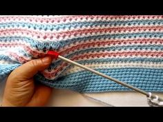 Alize Puffy ile Burgu Bebek Battaniye Yapımı-Making Cable Technique Baby Blanket with Alize Puffy Knitted Baby Blankets, Baby Blanket Crochet, Crochet Baby, Free Crochet, Knit Crochet, Crochet Stitches Patterns, Stitch Patterns, Knitting Patterns, Knitting Videos