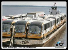 Megas BRT chegando a Manaus de barco