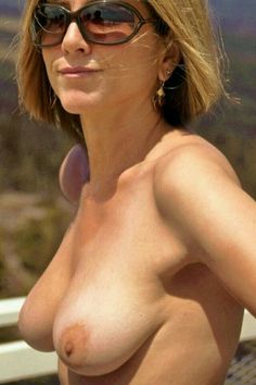 Jennifer Aniston Nude Lookalike On Paddle Board 99