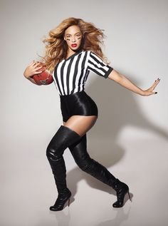 And for the most fabulous football photograph ever taken... | Epic Photos Of Beyoncé Prepping For Super Bowl