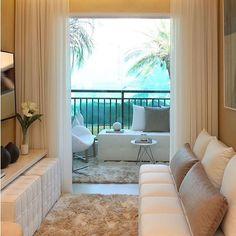 Bom dia! ✨ Espaço clean e acolhedor by Chris Silveira. Amei! @pontodecor  #bloghomeidea #olioliteam #arquitetura #ambiente #archdecor #archdesign #hi  #homestyle #home #homedecor #pontodecor #homedesign #photooftheday #love #interiordesign #interiores  #picoftheday #decoration #lovedecor #architecture #archlovers #inspiration #project #regram #aconchego #espacosintegrados #segunda #coragem