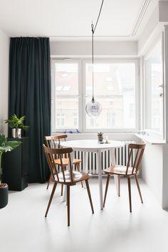 INDECORATE Make-over: Monochrome Ein-Zimmer-Wohnung mit Küche in Marsala. Foto: HEJM Interieur Fotografie