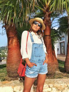63dd46c936 Look con peto – Mi cóctel de moda – Ibiza fashion blogger   influencer  Cocteles