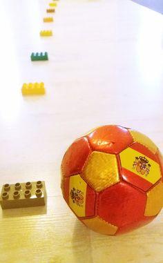 Rakenna temppurata lapsille kotiin. Katso helpot ideat - Poikien Äidit Soccer Ball, Sports, Fun, Hs Sports, European Football, European Soccer, Soccer, Sport, Futbol