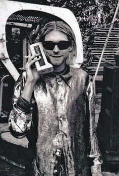 kurt-cobain-cell-phone