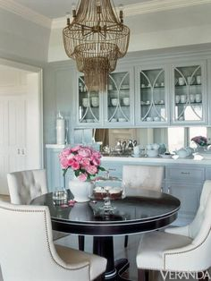 Jennifer Lopez's Kitchen in Veranda (love the pale blue cabinets)